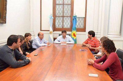 Galli recibió a 6 despedidos del CDR: solo uno vuelve a esa oficina y los otros 5 serán reubicados