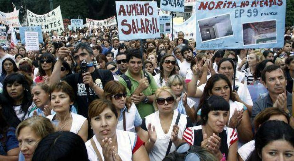 Paritaria docente: Desde Nación confirmaron envío de fondos para asistir a la Provincia