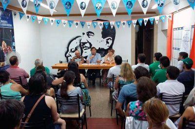 Juntan firmas contra el aumento de tarifas