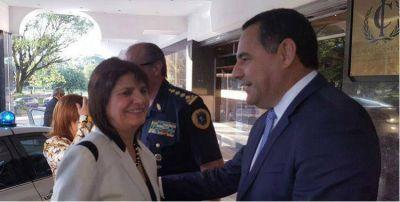Patricia Bullrich fue recibida en Tucumán por funcionarios del gobierno y la oposición