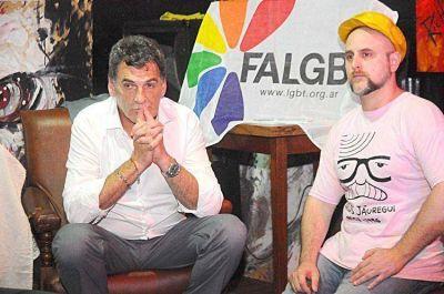 Avruj pidió la unificación de las causas por agresiones de agrupaciones neonazis