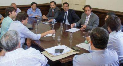 Diputados recibieron a las trabajadoras que fueron detenidas en Cerrillos