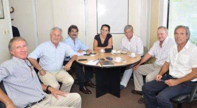 Sarquis planifica aumentar la superficie de siembra del tigro en el territorio bonaerense