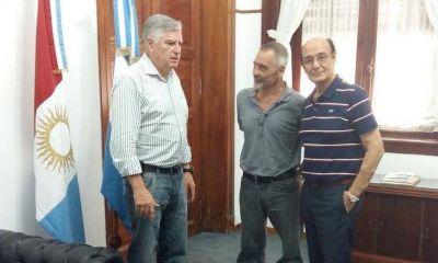 """Vissani abrió el """"mercado de pases"""" en la Unicameral y se mudó a UPC"""