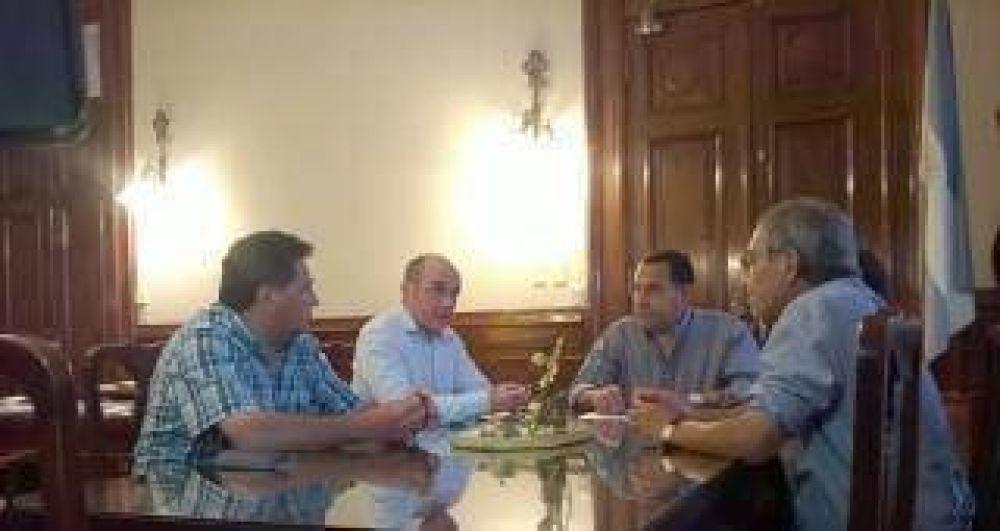 Los docentes tucumanos esperan que el PE haga una oferta real salarial