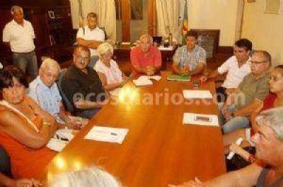 Vecinos de Quequén se reunieron con el intendente Facundo López