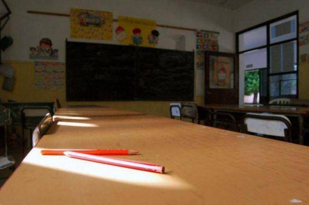 Gremios docentes rechazan oferta del Gobierno y peligra el inicio de clases