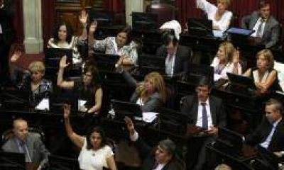 Con apoyo riojano, el macrismo logr� que le aprueben 12 embajadores