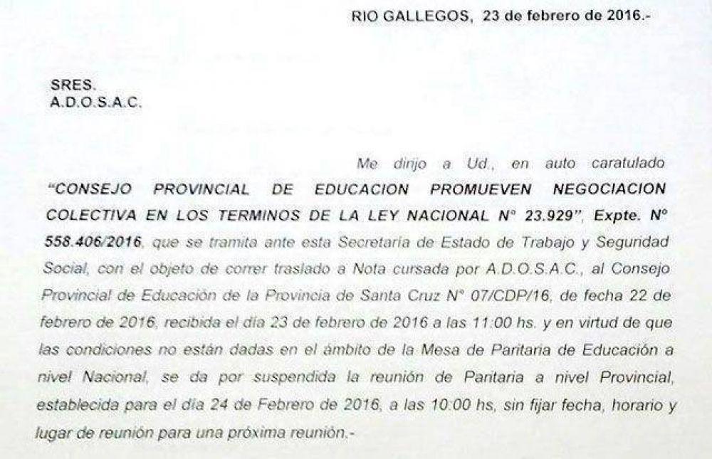 El gobierno suspendió las paritarias docentes en Santa Cruz y ADOSAC reaccionó endureciendo el conflicto