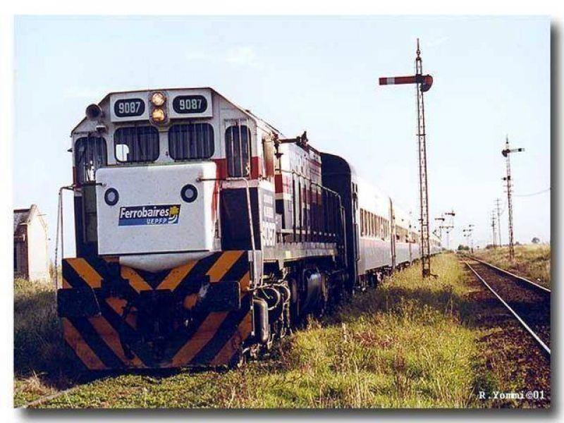 Juntan firmas por el tren de pasajeros