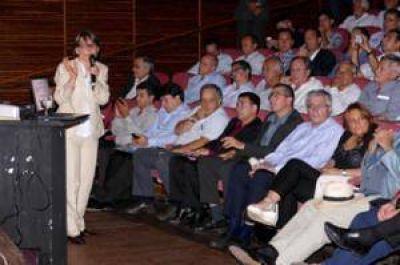 Bertellys participó de la presentación del Programa de Fortalecimiento de Capacidades para Municipios