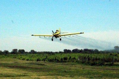 Se llevó a cabo un operativo de fumigación aérea, que continúa hasta el fin de semana