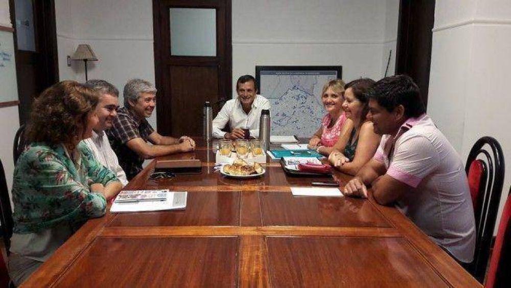 El intendente se reunió con el equipo de educación para trazar lineamientos de trabajo