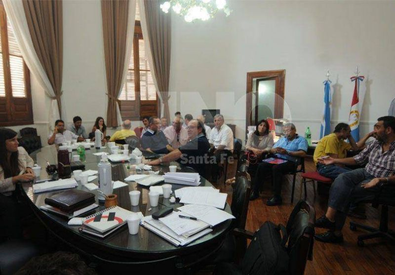 Municipales: rechazaron la oferta de entre 25 y 28%; paran el lunes