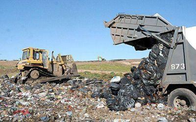 Sigue la retención de tareas de los trabajadores del predio de residuos