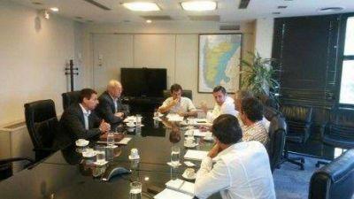 Tres Lomas, Guaminí y Trenque Lauquen en reunión realizada con directivos de Camuzzi Gas