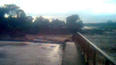 El puente sobre el río Seco desapareció por la fuerza de la crecida
