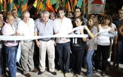 El Intendente Infante inauguró varias cuadras de pavimento en el Mariano Moreno