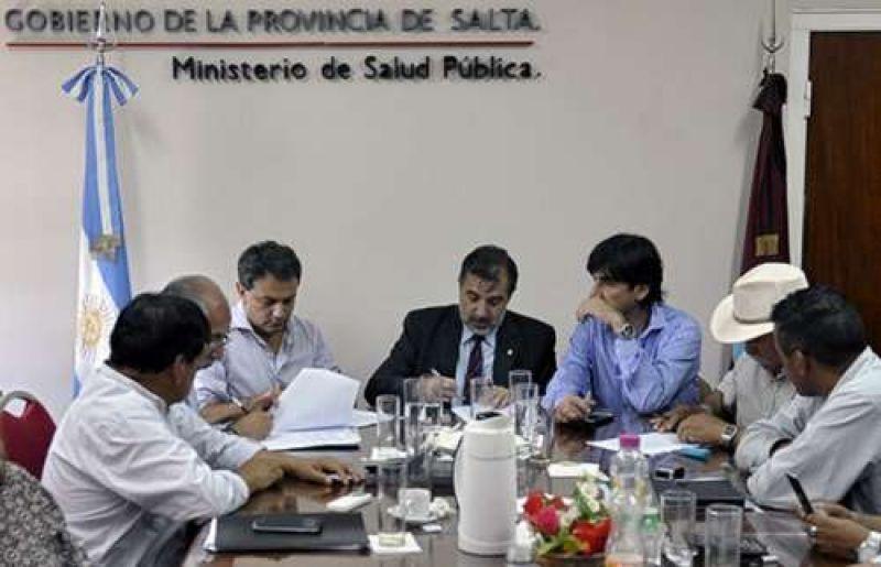 En Salta, todos los gremios de salud acordaron el incremento salarial del 25%