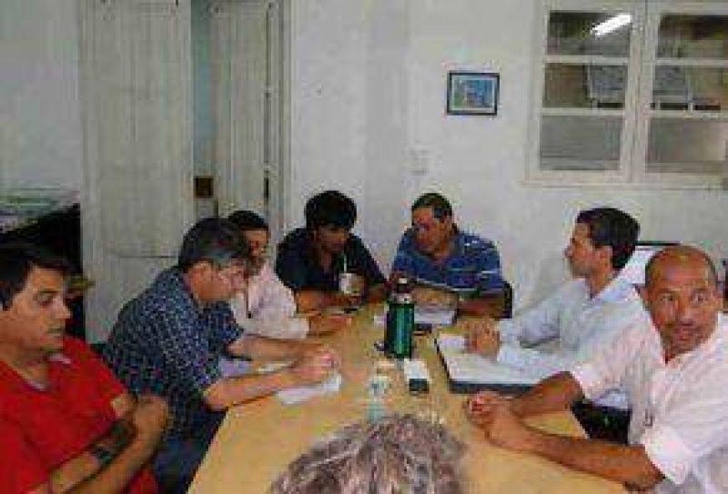 El Ejecutivo estudiar� la propuesta salarial del STMA y se aprob� el Convenio Colectivo