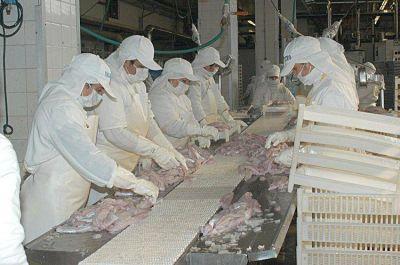 Los gremios del puerto pedirán subas salariales de hasta un 40%