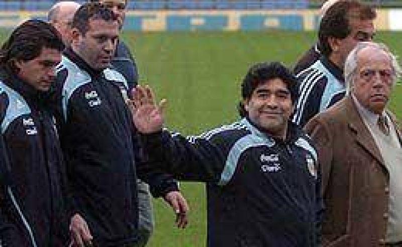 """Maradona: """"La cancha está bárbara"""""""
