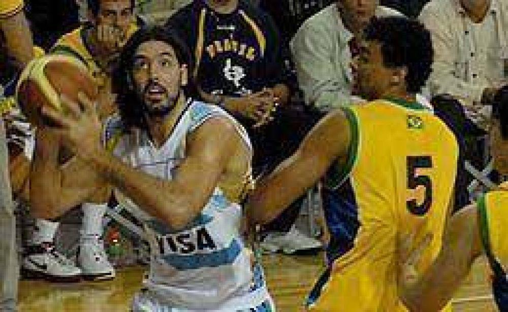Argentina perdió ante Brasil en su debut.