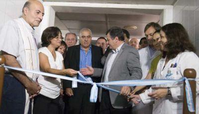 Luc�a inaugur� una sala de cuidados paliativos