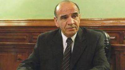 Radicales solicitan la renuncia del jefe de los fiscales