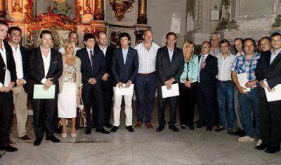 El Grupo Padua sumó intendentes y ratificó el espacio inspirado en el Papa Francisco