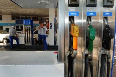 Subir�a la nafta y en Mendoza la s�per llegar�a a $ 15,90