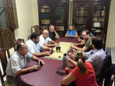 Ricardo Criado se reuni� con Comisi�n Directiva del Comit� Radical