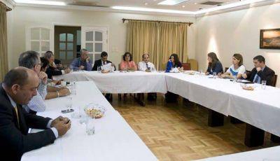 Lucía reunió a su gabinete para brindar el panorama de la provincia
