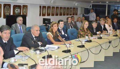 Gutiérrez participó de la reunión en el CFI junto a gobernadores justicialistas