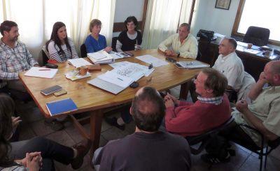 Técnicos del EPAS y ENHOSA analizaron el proyecto de la Planta de Tratamientos