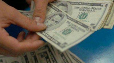Dólar ahorro: AFIP comienza con el pago de la segunda cuota de la devolución del recargo