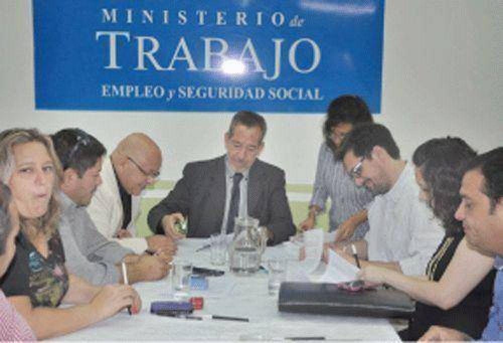 Gremios y Gobierno cerraron la paritaria para el 2016