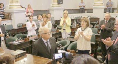 Sesión muy discutida en el Senado