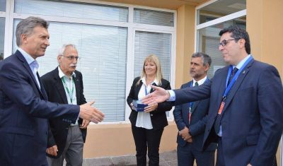 Comitiva municipal recibió a Macri