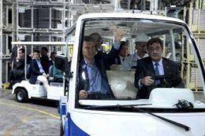 """""""Este es el camino a la pobreza cero"""", dijo Macri tras inaugurar planta de Toyota"""