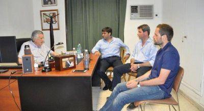 Bossio apuesta a la pelea de Gioja con los camporistas para sumar más diputados