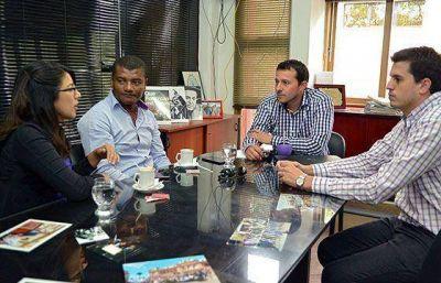 Concejales capitalinos presentaron pedidos de vecinos a la Secretaría del Área Metropolitana