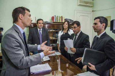 Bertellys denunció penalmente a José Inza por bienes faltantes del patrimonio municipal