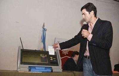 Juan Manuel Urtubey expondr� en un seminario internacional sobre la reforma electoral