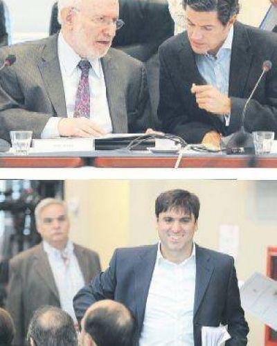 Buitres: cumbre en Tigre para fijar el tope de la deuda