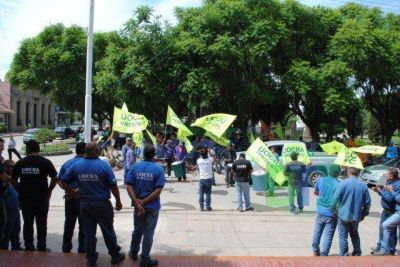 Trabajadores despedidos por la Empresa Contreras se reunieron con Antonijevic