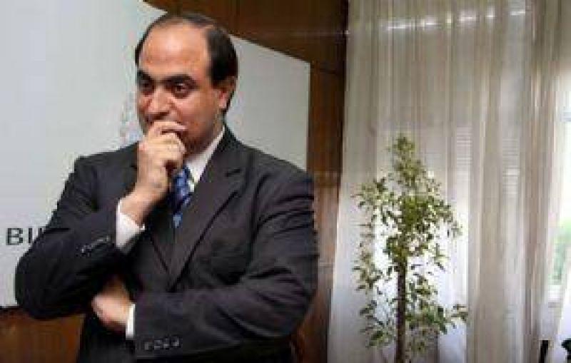 Malestar en el Gobierno con el ministro Adaro