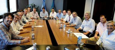 El Intendente Héctor Gay se reúnió con el Presidente del Grupo Provincia