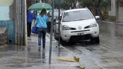 Santiago, bajo alerta meteorológico por tormentas fuertes