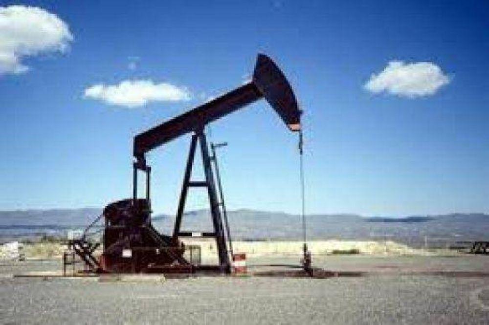 Los trabajadores petroleros siguen de cerca los pasos de YPF